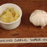 Mincing Garlic Super Fine