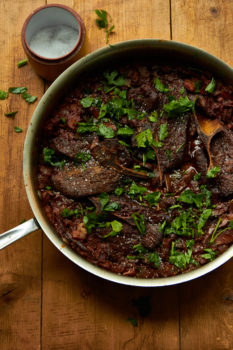 Mediterranean Braised Lamb Shoulder Chops / Mia / Katie Workman / themom100.com