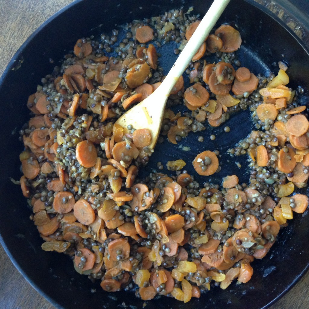 Lentils, Carrots and Apricots in Pan
