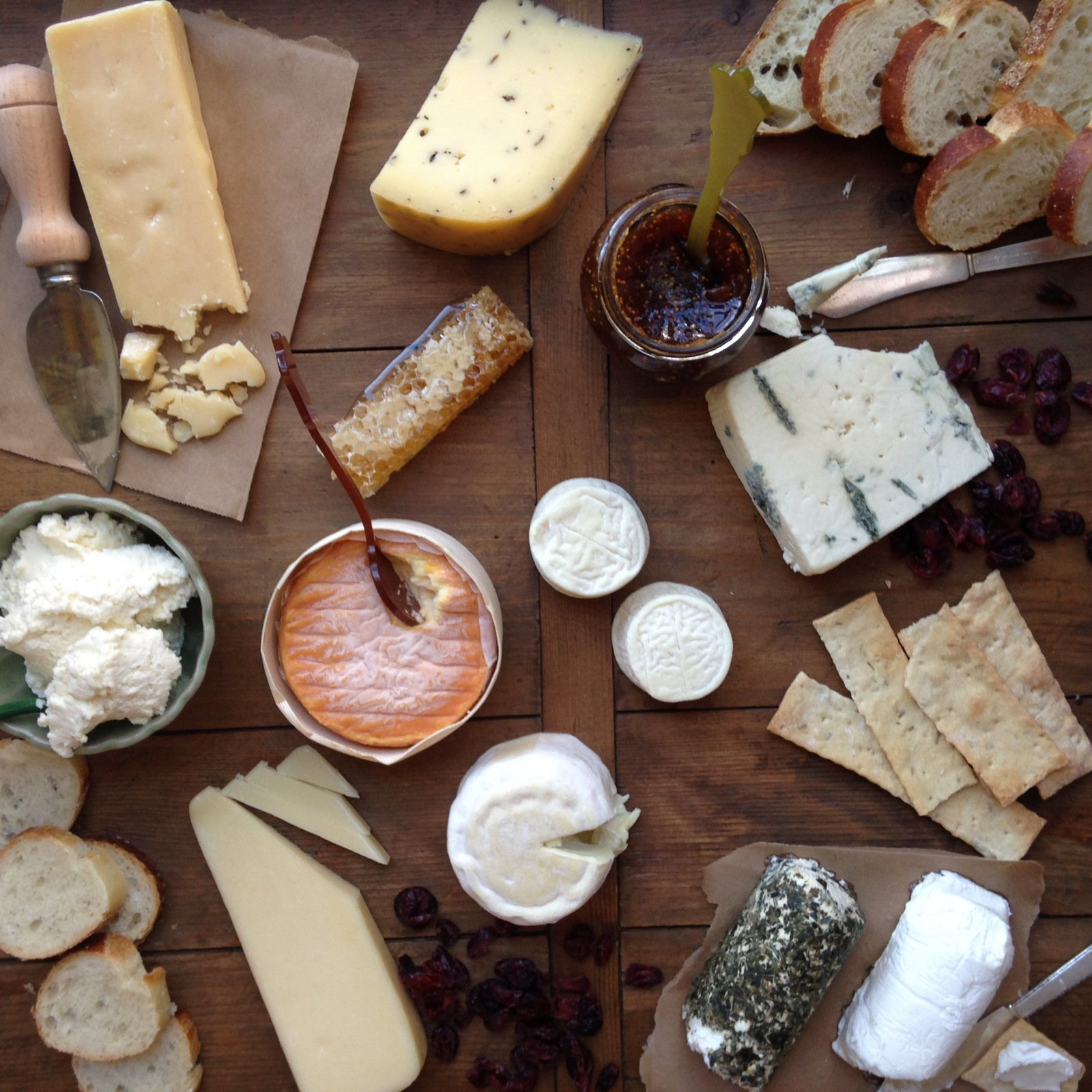 cheese platter : best cheeses for a cheese plate - Pezcame.Com