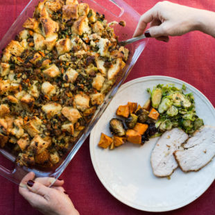 Best way to brine a turkey/Bread Stuffing with Turkey Sausage / Sarah Crowder / Katie Workman / themom100.com