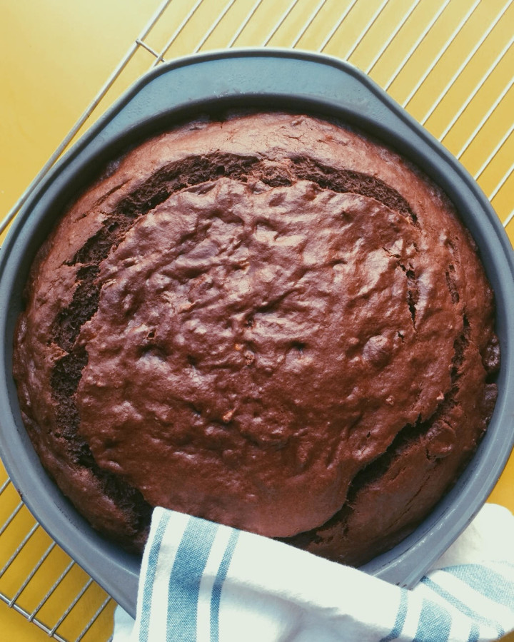 Chocolate Banana Cake / themom100