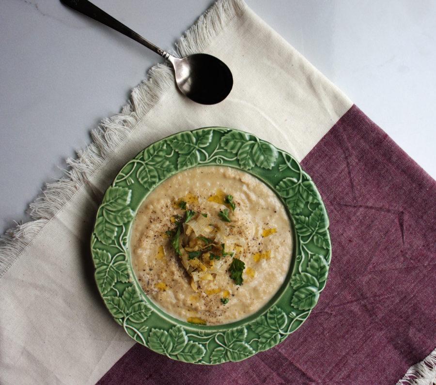 Silky Leek Soup / Laura Agra / Katie Workman / themom100.com