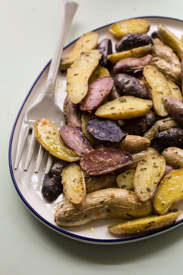 Herb Roasted Fingerling Potatoes / Sarah Crowder / Katie Workman / themom100.com