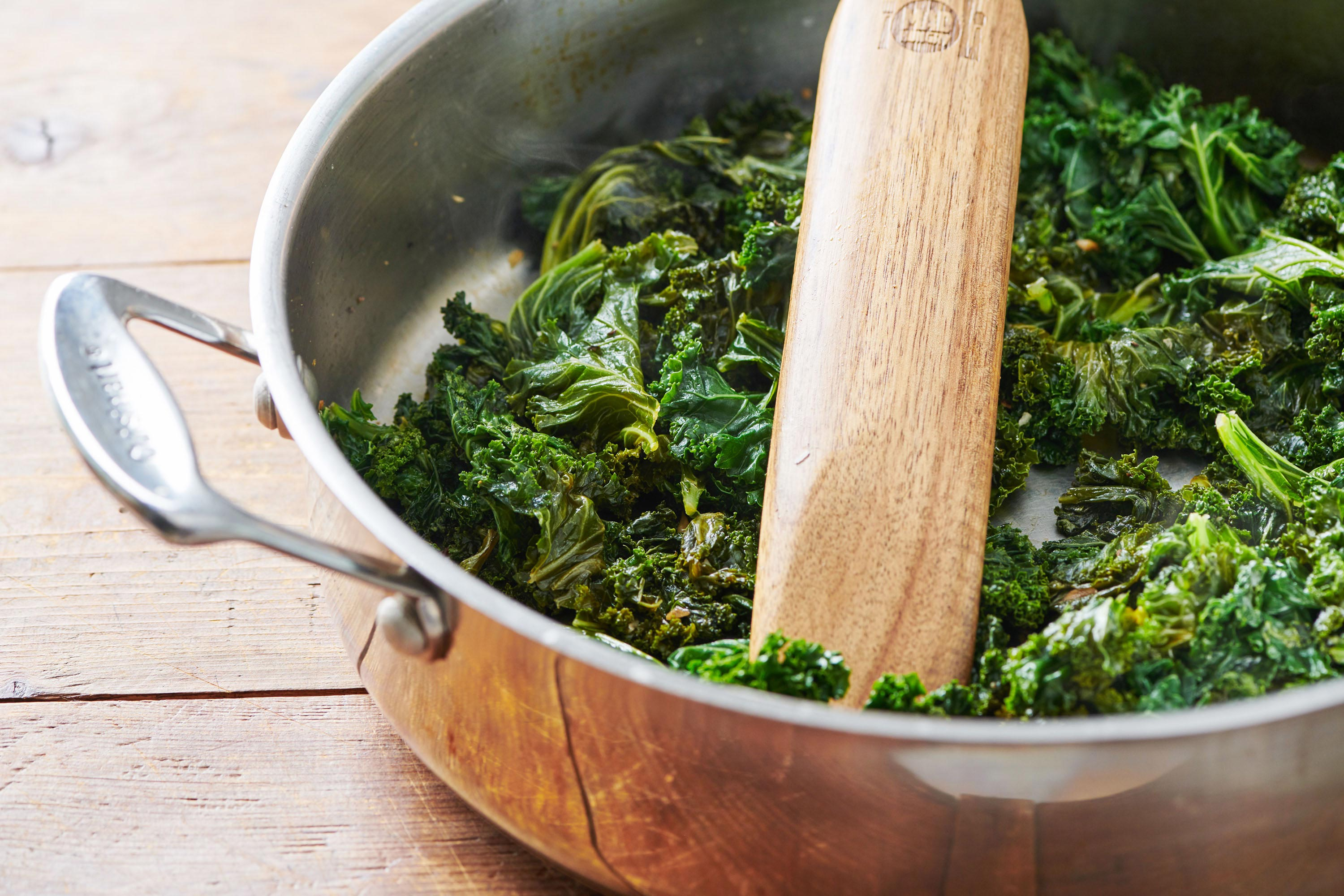 How To Cook Kale Simple Easy Sautéed Kale Recipe The Mom 100