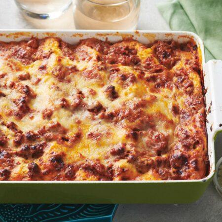 Classic Cheesy Beefy Lasagna